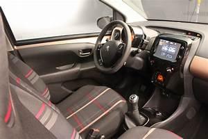 Peugeot 108 Automatique : vid o la peugeot 108 en avant premi re sur caradisiac ~ Medecine-chirurgie-esthetiques.com Avis de Voitures