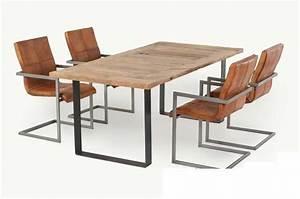 Holztisch Mit Metallgestell : massiver tisch aus eiche mit metallgestell livior m bel im industrie design ~ Markanthonyermac.com Haus und Dekorationen