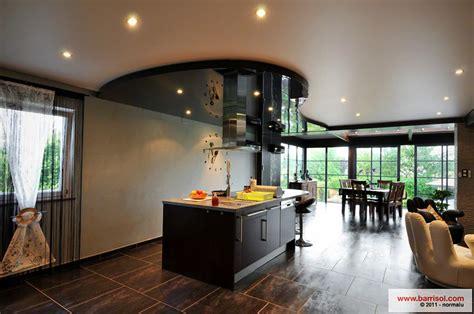 plafond tendu noir brillant cuisine le plafond tendu barrisol dans votre cuisine