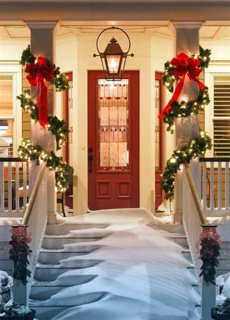 26 super cool outdoor d 233 cor ideas with christmas lights digsdigs
