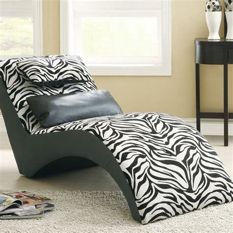 classy chaise lounge chairs   bedrooms home