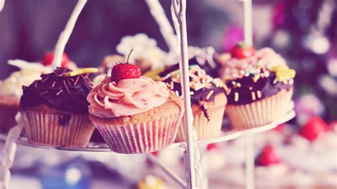 Girly Wallpapers For Computers Cupcakes Wallpaper