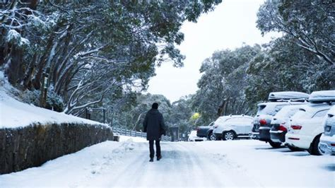 melbourne weather snow rain freezing winds expected