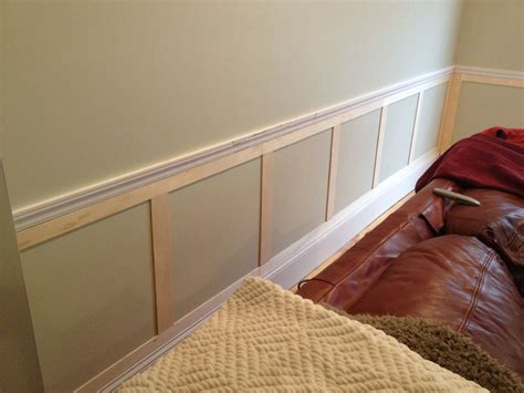 Chair Rail Wainscoting by Great Exle Of Some Simple Wainscoting Below A Chair