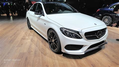 Mercedes-benz C450 Amg Sport Looks Ordinary At 2015