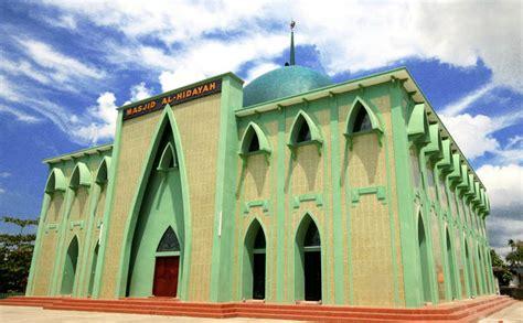 masjid photograph masjid  pulau kalimantan indonesia