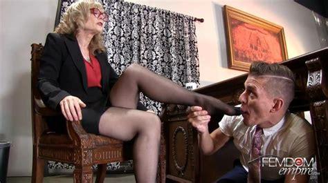 Lesbian secretary foot worship jpg 900x505