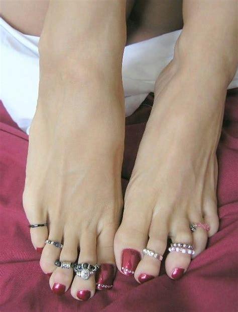 long toes  toe rings flickr photo sharing
