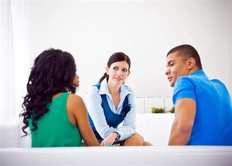 premarital counseling  pros  cons premarital