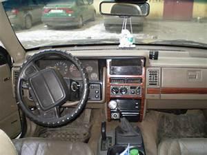 1993 Jeep Grand Cherokee Specs  Engine Size 4000cm3  Fuel