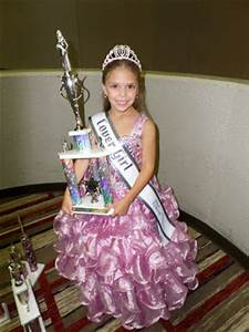 We are so proud of Miss Ohio Jr. Pre-Teen Cover Girl!