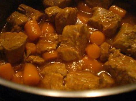 cuisiner le filet mignon de porc en cocotte recette de filet mignon de porc à la bière