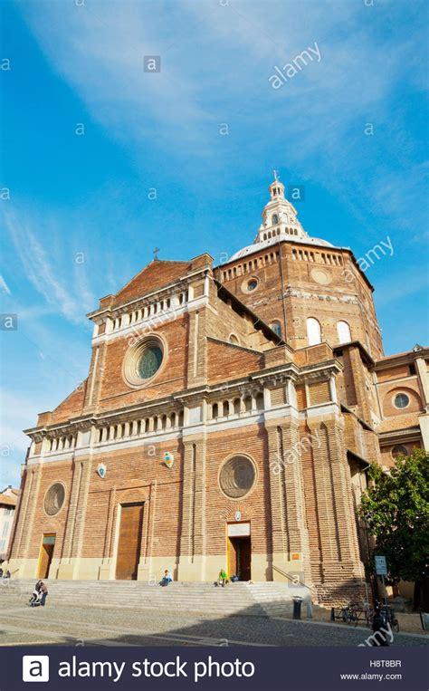 Piazza Duomo Pavia by Pavia Duomo Pavia Lombardy Italy Stock Photos Pavia