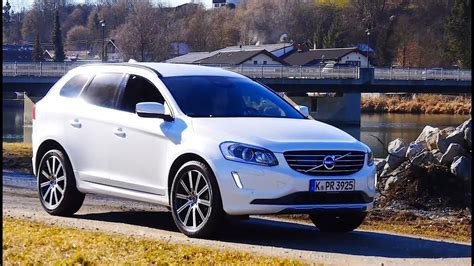 volvo xc review test drive   compact volvo suv