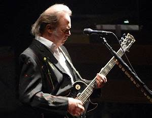 Get Ready to ROCK! Review of gig featuring Neil Young ...