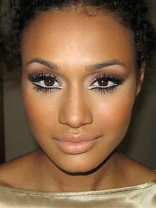 White eyeliner. Brown eyes. Brown skin. | DIY Makeup Ideas ...