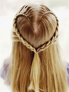 Coiffure Petite Fille Facile : coiffure petite fille tresse tendances 2018 ~ Dallasstarsshop.com Idées de Décoration