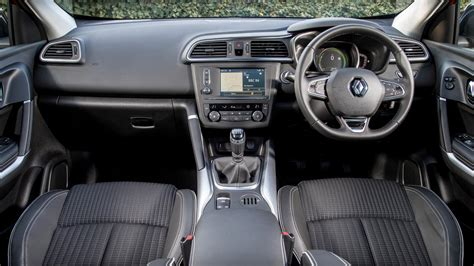 renault kadjar automatic interior renault kadjar review and buying guide best deals and