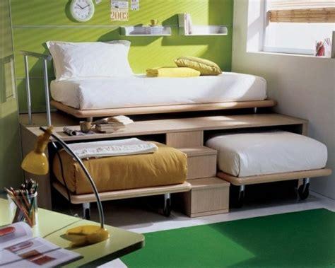 comment amenager une chambre pour 2 1001 idées comment aménager une chambre mini espaces