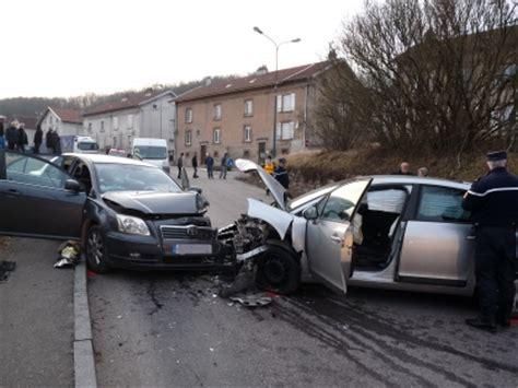 l 233 panges sur vologne collision frontale entre deux voitures la girafe avison autrement