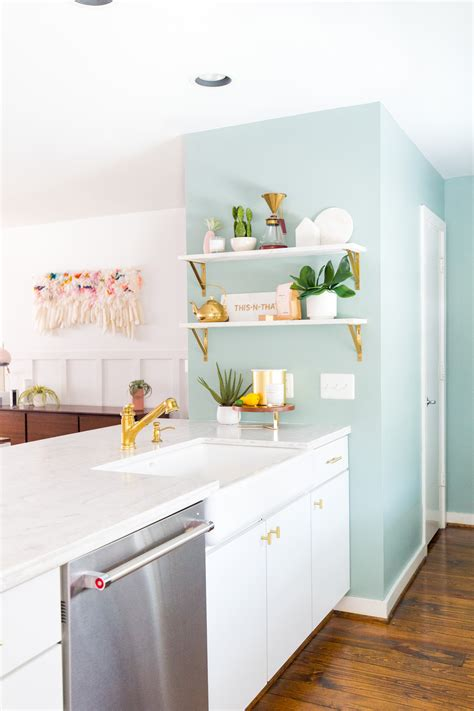 Welcome to the small kitchen ideas session! 11 Kitchen Decorating Ideas for Your Walls   The Anastasia Co.