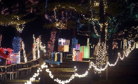 getting in the holiday spirit at jellystone park yogi