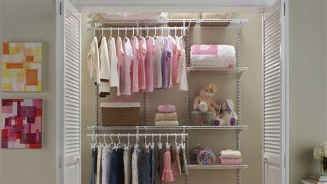 la chambre de bébé comment organiser un dressing pour un enfant
