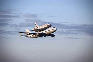 NASA - Discovery Departs Kennedy Space Center