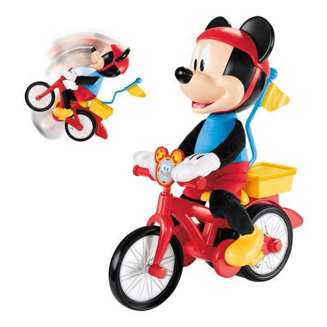siège vélo pour bébé mickey et vélo fisher price king jouet