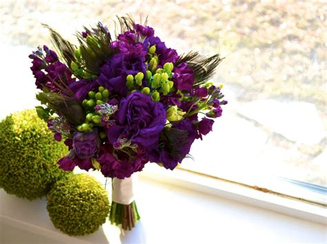 Ashee's Peacock Feather Picture Bouquet » Calie Rose
