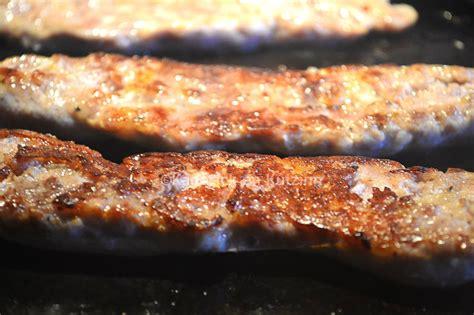 cuisiner sur plancha saucisse de toulouse grillée à la plancha par kaderick