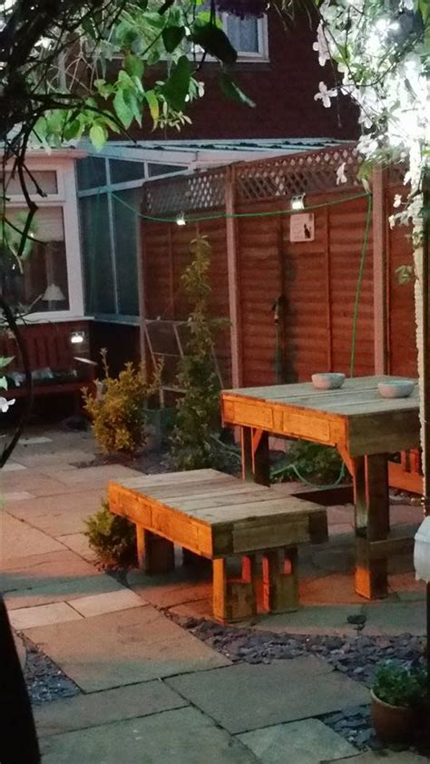 recycled corner bench table  pallet bar pallet ideas