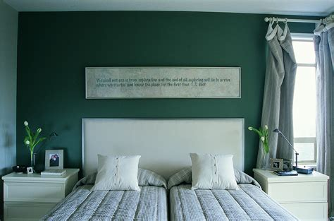 Green Walls In Bedroom by 5 Tricks And Tips For Brightening A Bedroom