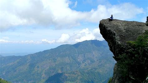 benguet philippines mt ulap eco trail reverse point