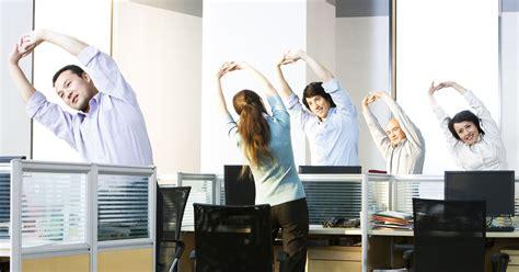 au bureau fr 5 exercices pour garder la forme même en passant ses
