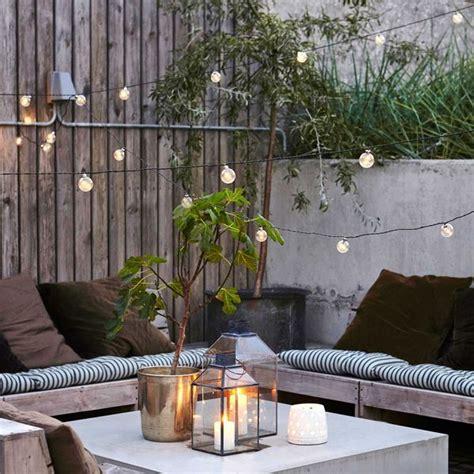 petite terrasse  idees pour lamenager cote maison