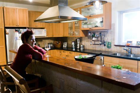 comment construire une cuisine comment construire un bar dans sa cuisine