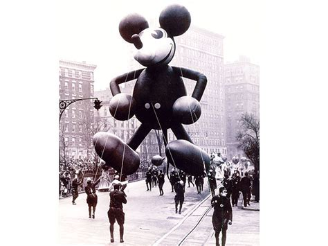 macys thanksgiving day parade  peoplecom