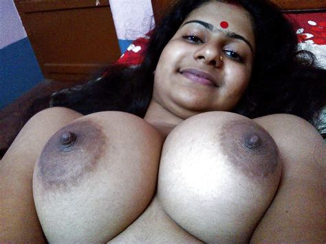 Big Boobed Indian Bengali Bhabhi Nude Photo Album By