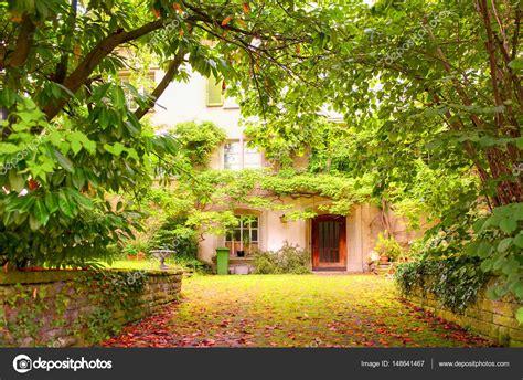 giardino interno casa giardino interno alla casa