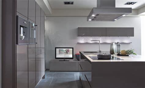 cocina minimalista en tonos grises imagenes  fotos