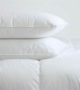 synthetic pillows bed pillows toronto by au lit fine With best synthetic pillows