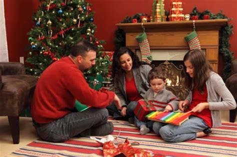 christmas day celebrations england ireland scotland wales