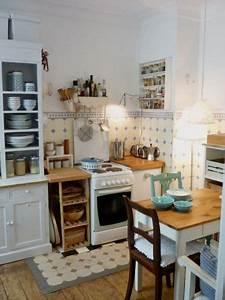 Holzdielen In Der Küche : wohnen wie diesmal mitglied mimameise nizza r ume und kleine k che ~ Markanthonyermac.com Haus und Dekorationen