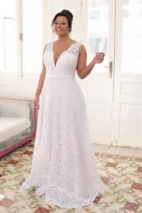 plus wedding gowns 25 best ideas about plus size wedding on plus size wedding gowns curvy wedding