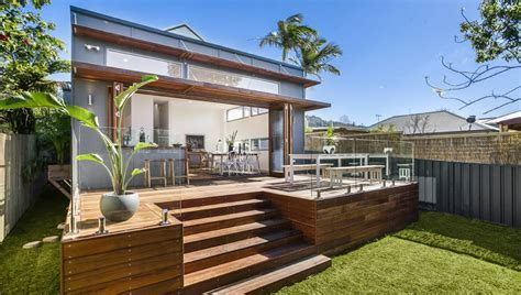 Keiraville Home Undergoes Dramatic Transformation