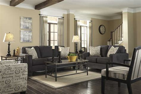 ruang tamu warna abu abu memberi kesan minimalis simomot