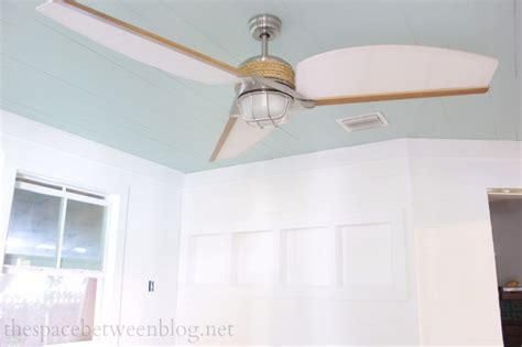fan light fixtures does this ceiling fan my room look big