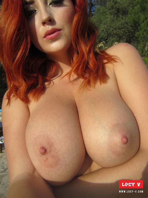 selfie sexy naked redhead