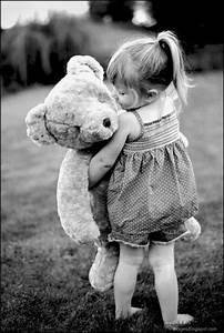 Kid, little, girl, hug, teddy, bear
